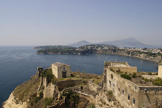 Panorama della Chiaia vista dalla chiesa di Santa Margherita a Procida