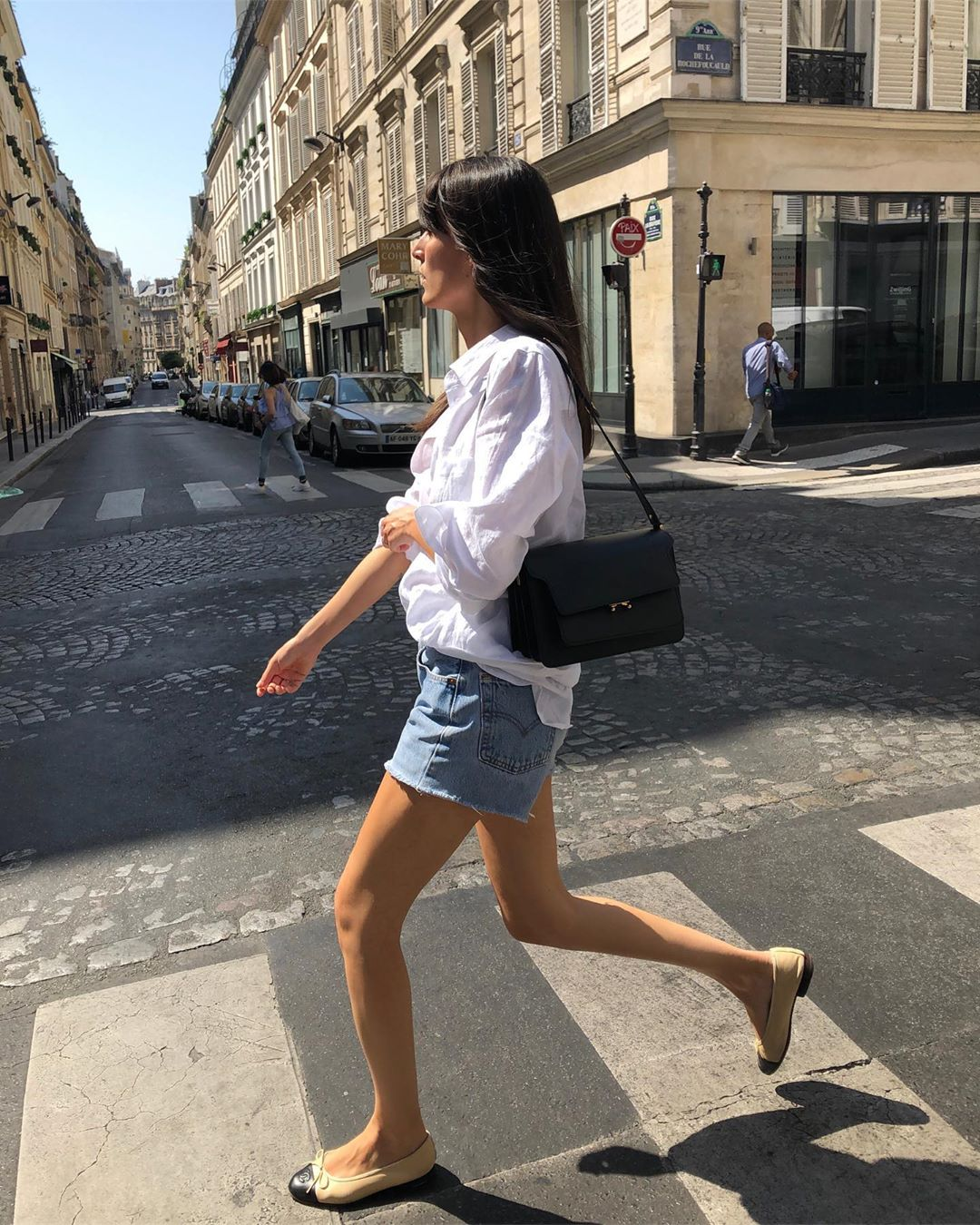 The French Girl Way to Wear Cut-Off Denim Shorts
