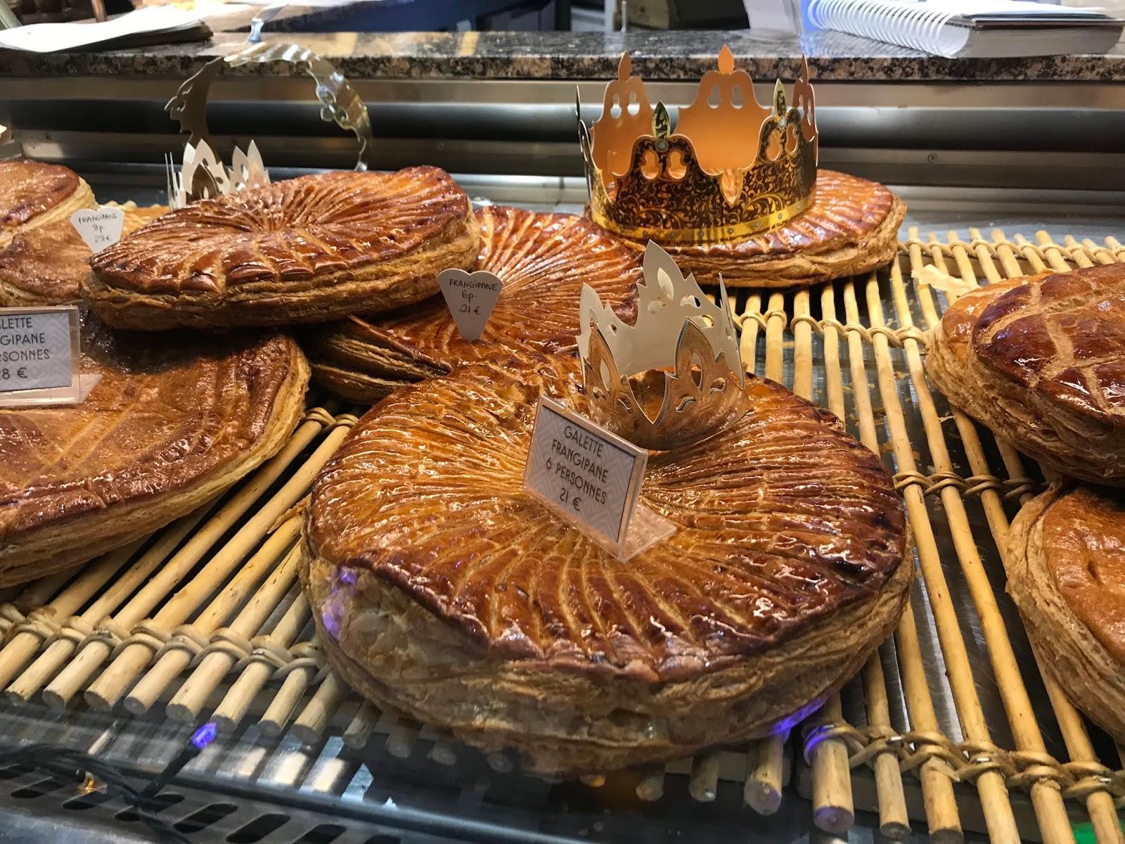 galette des rois leipomon ikkunassa