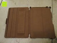 ausgeklappt hinten: Leicke MANNA Schutzhülle Apple iPad Air 2 braun