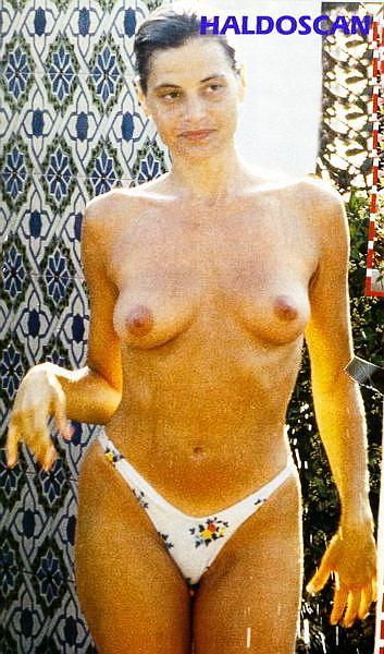 Read this Simona ventura nuda hot necessary words