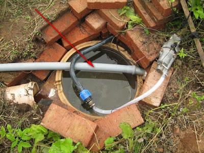 слив грязной воды мимо накопительной емкости