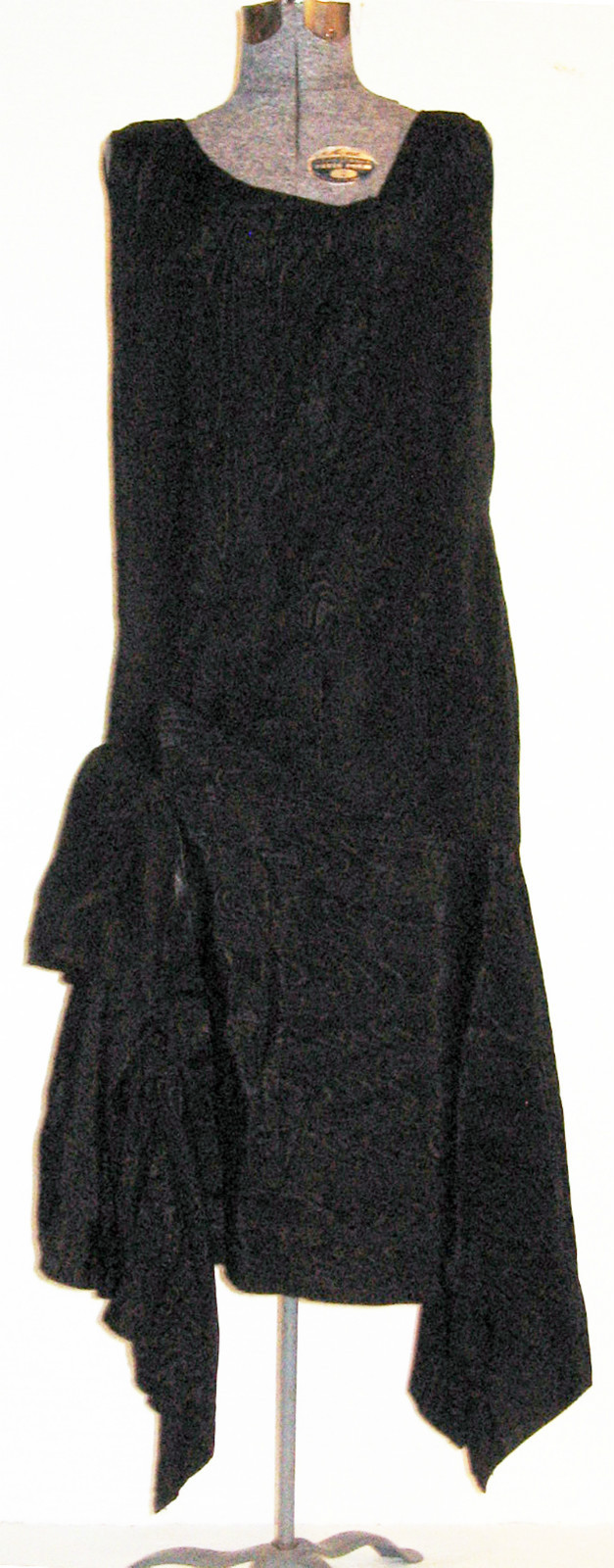 All The Pretty Dresses: That Little Black Dress, 1920's Style