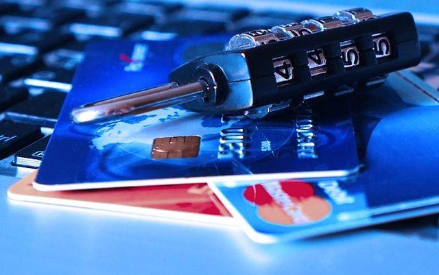 4 Consejos para resguardar los datos de tus tarjetas por compras en Internet