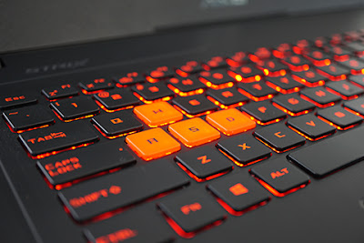 Keyboard ASUS ROG Strix GL502VS (metrotvnews.com)