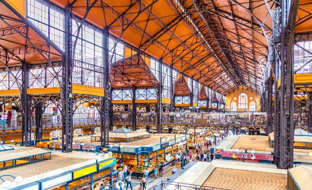 mercato-coperto-budapest-poracci-in-viaggio