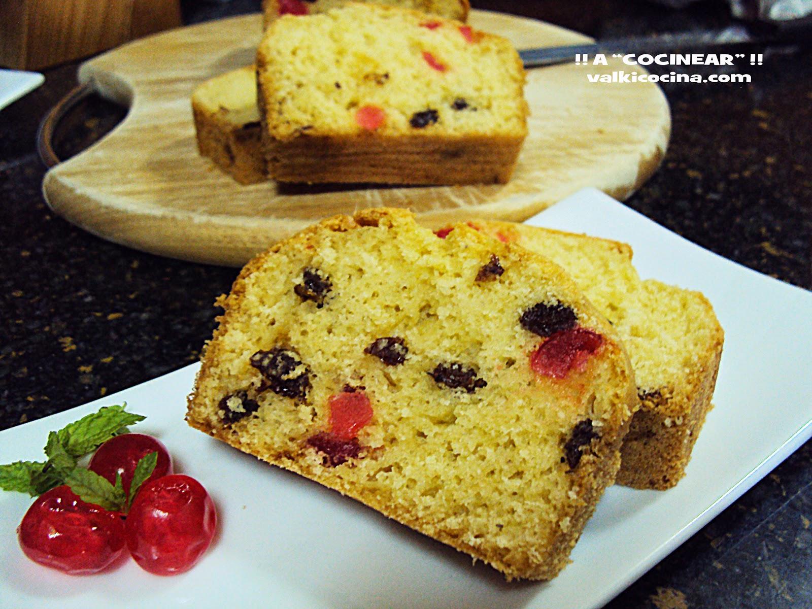 Plum cake de pasas y cerezas confitadas