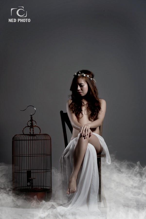 [18+] Bộ ảnh nude khoả thân nghệ thuật tuyệt đẹp của nhiếp ảnh gia Việt Nam