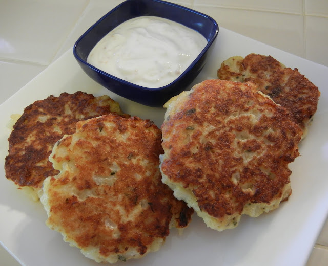 Cauliflower%2BFritter%2B2%2B%25281%2529 Weight Loss Recipes 10 Favorite Cauliflower Recipes