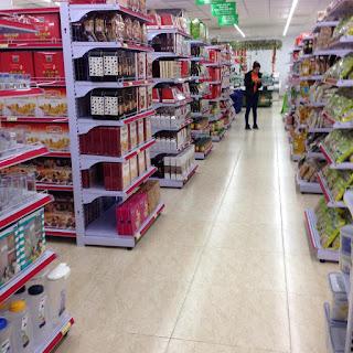 kệ giá bán hàng tại Lào Cai