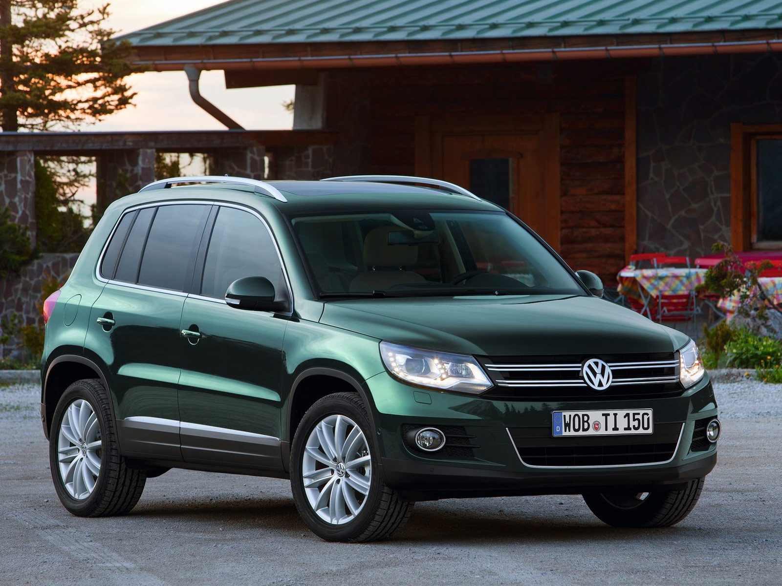 2012 VW Tiguan Volkswagen Wallpapers, Review, Features