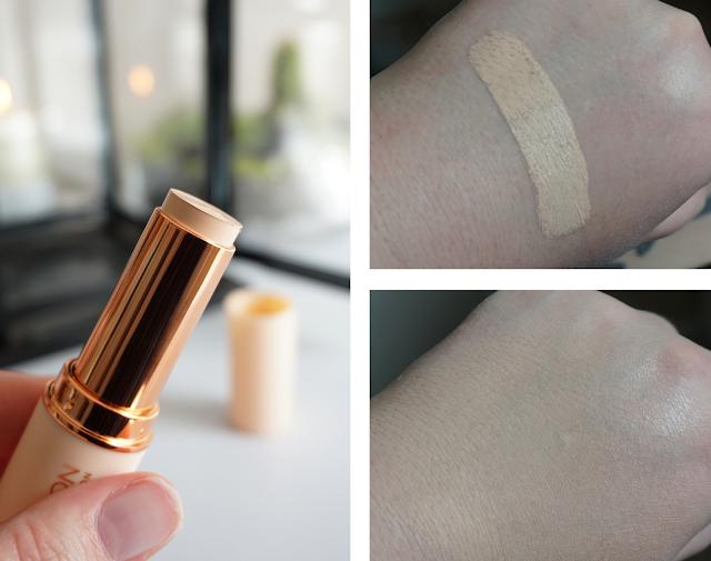 Swatch Fast Base Foundation Stick F3 Makeup Revolution
