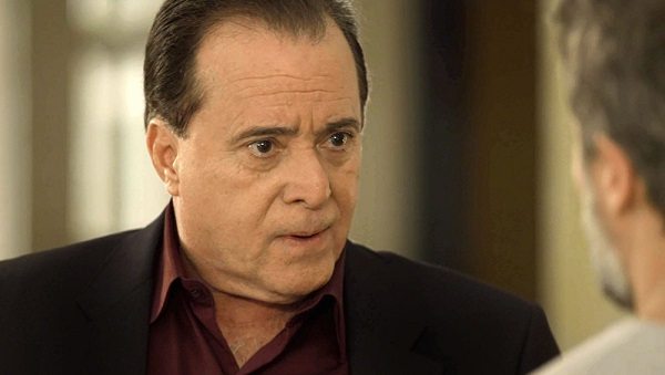 Olavo diz que Gabriel tem que acabar com segredo da fonte (Imagem: Reprodução/TV Globo)