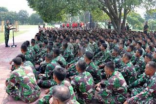 Perusahaan Pertahanan Swedia Berikan Beasiswa kepada Anggota TNI