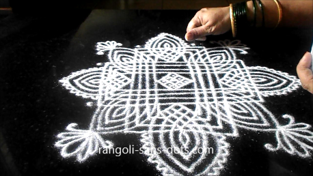 Traditional-rangoli-designs-801ak.jpg