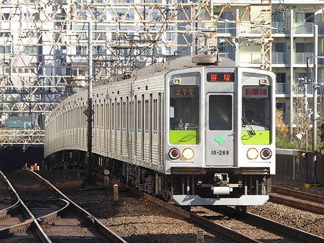 急行 笹塚行き 都営10-000形260F