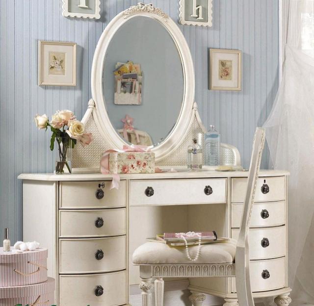 Pilih desain sesuai tema kamar tidur