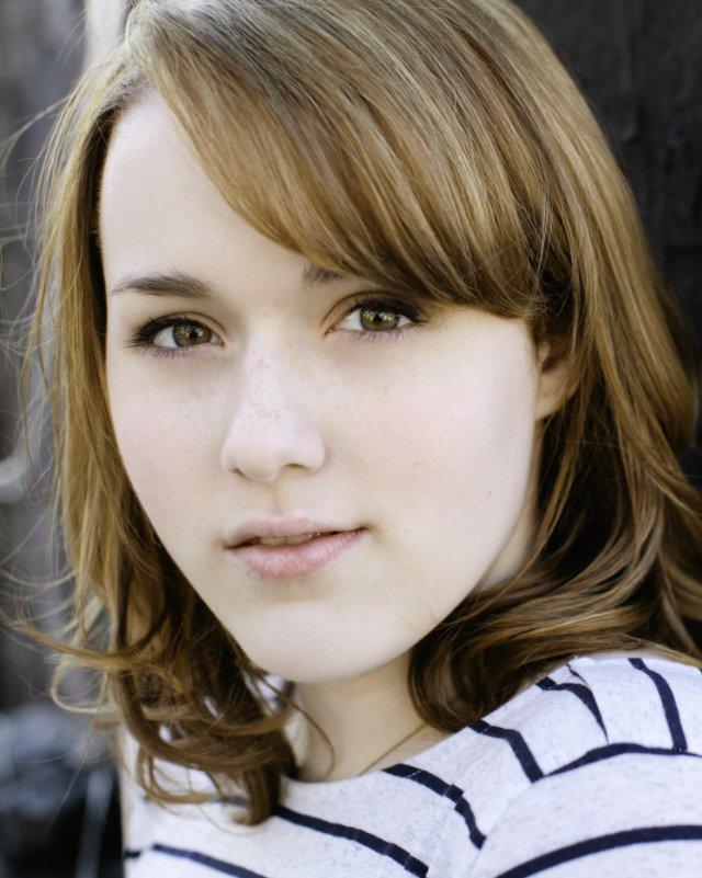 Caitlin Kinnunen - Actor - CineMagia.ro