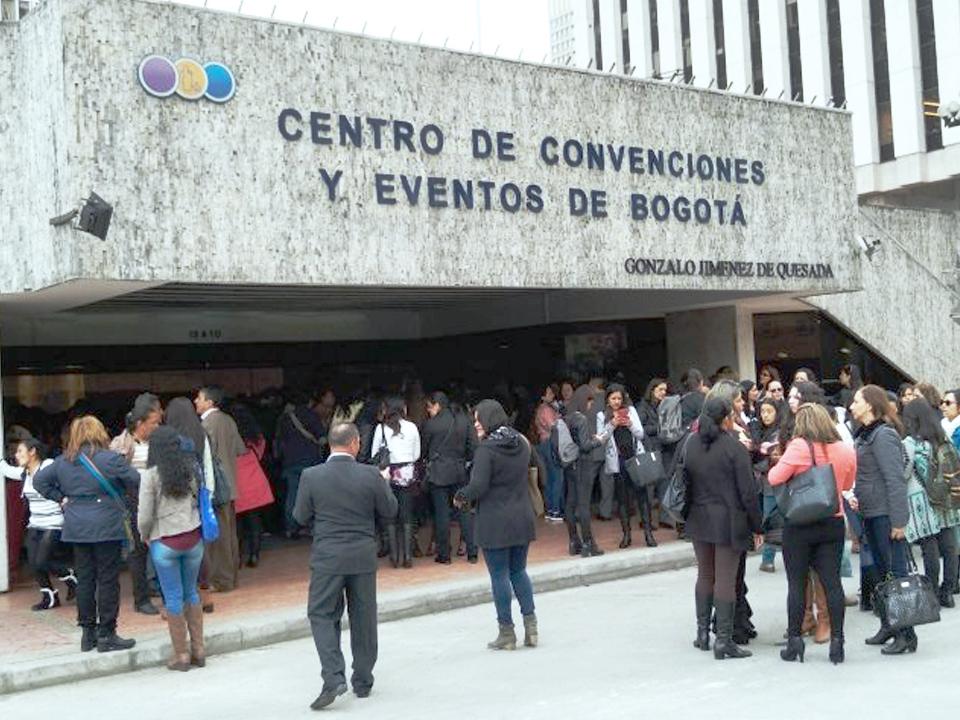 El 18 de abril en el Centro de Convenciones Gonzalo Jiménez de Quesada la Secretaría Distrital de Educación realizó un evento para el lanzamiento de la guía metodológica Alianza Familia Escuela.