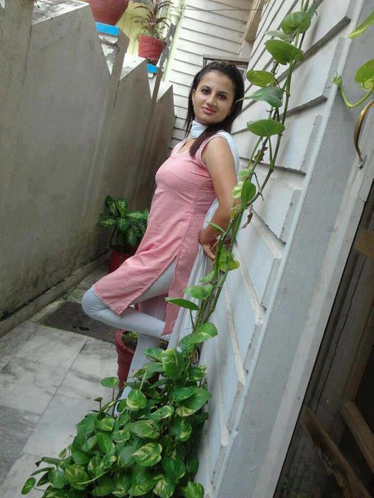 22 salwar college girl fucking on terrace steps with boy - 4 1
