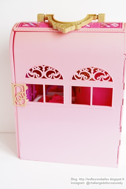 Maison pliable Barbie Chambre Magique face fenêtres