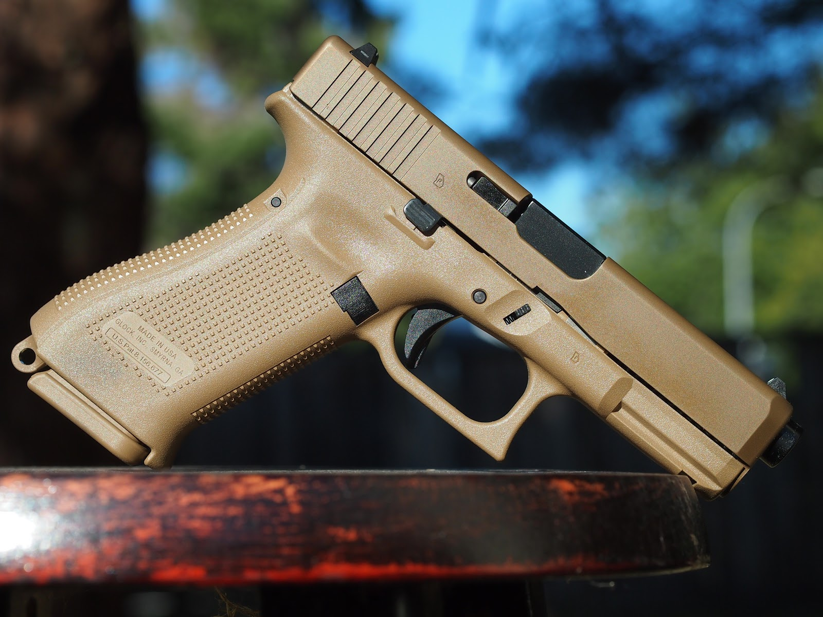 Mister Donut's Firearms Blog: Glock 19x Canadian version