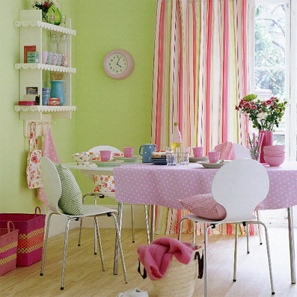 10 dining rooms paints with lots of color