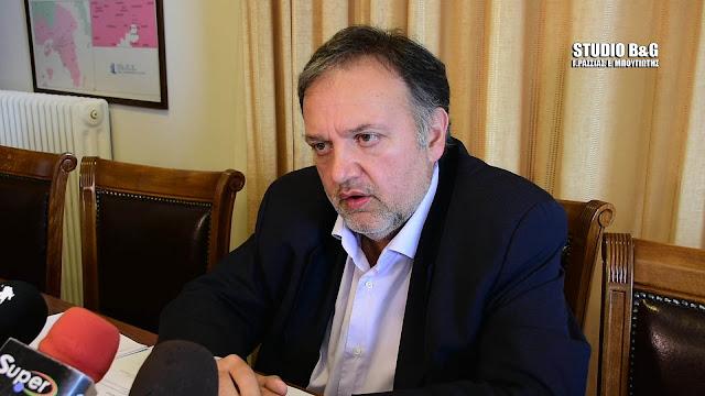 Ο Χειβιδόπουλος απασφάλισε κατά Καμπόσου - Προσφεύγει στη δικαιοσύνη για τις δηλώσεις του Δημάρχου Άργους Μυκηνών (βίντεο)