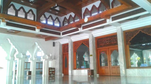 Masjid Baitul Makmur Jepara