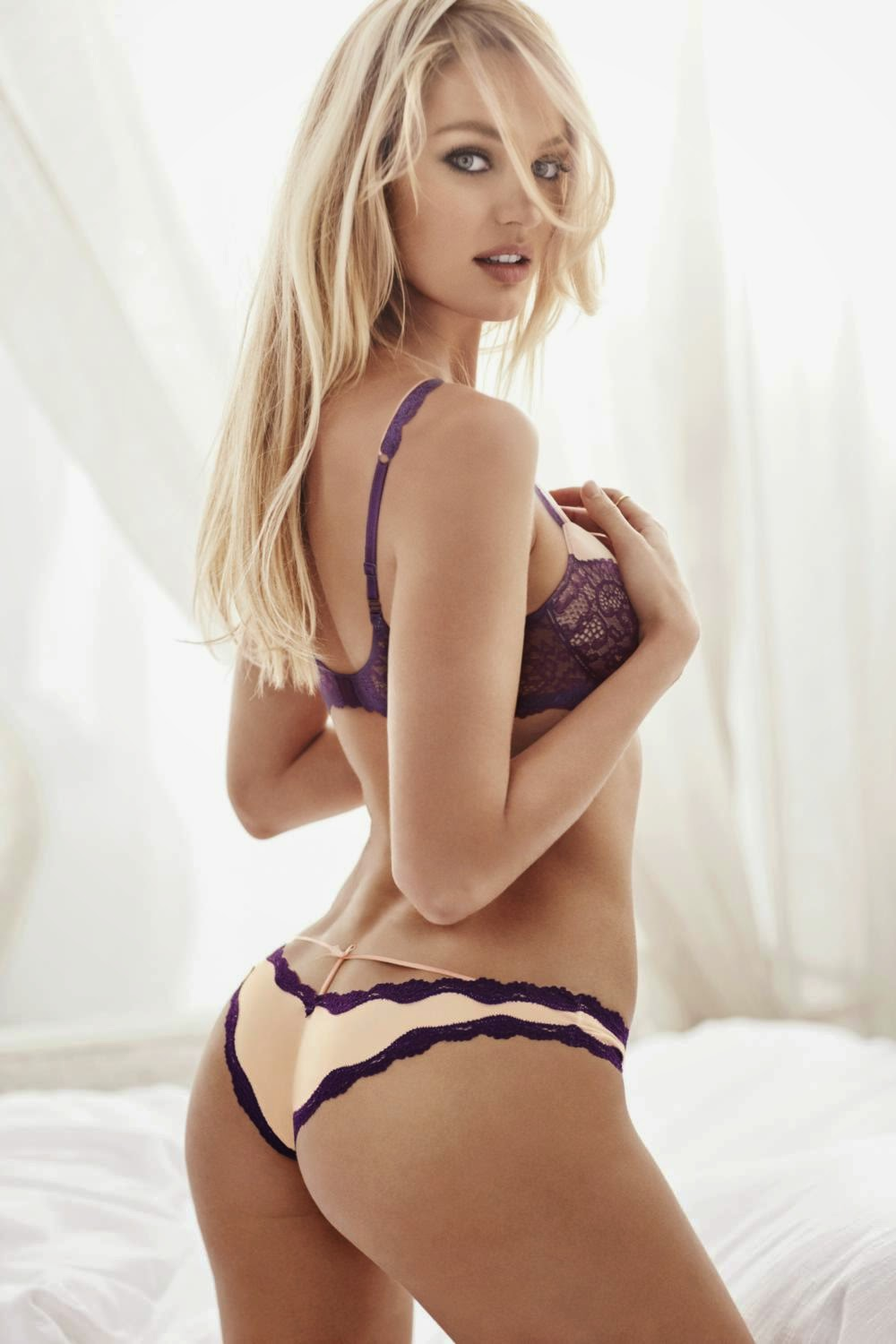 Candice Swanepoel And Romee Strijid Strip To Lingerie For