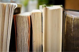 Naskah Gulungan Koleksi Cagar Budaya Cangkuang: Tinjauan Mediam dan Kandungan Teks
