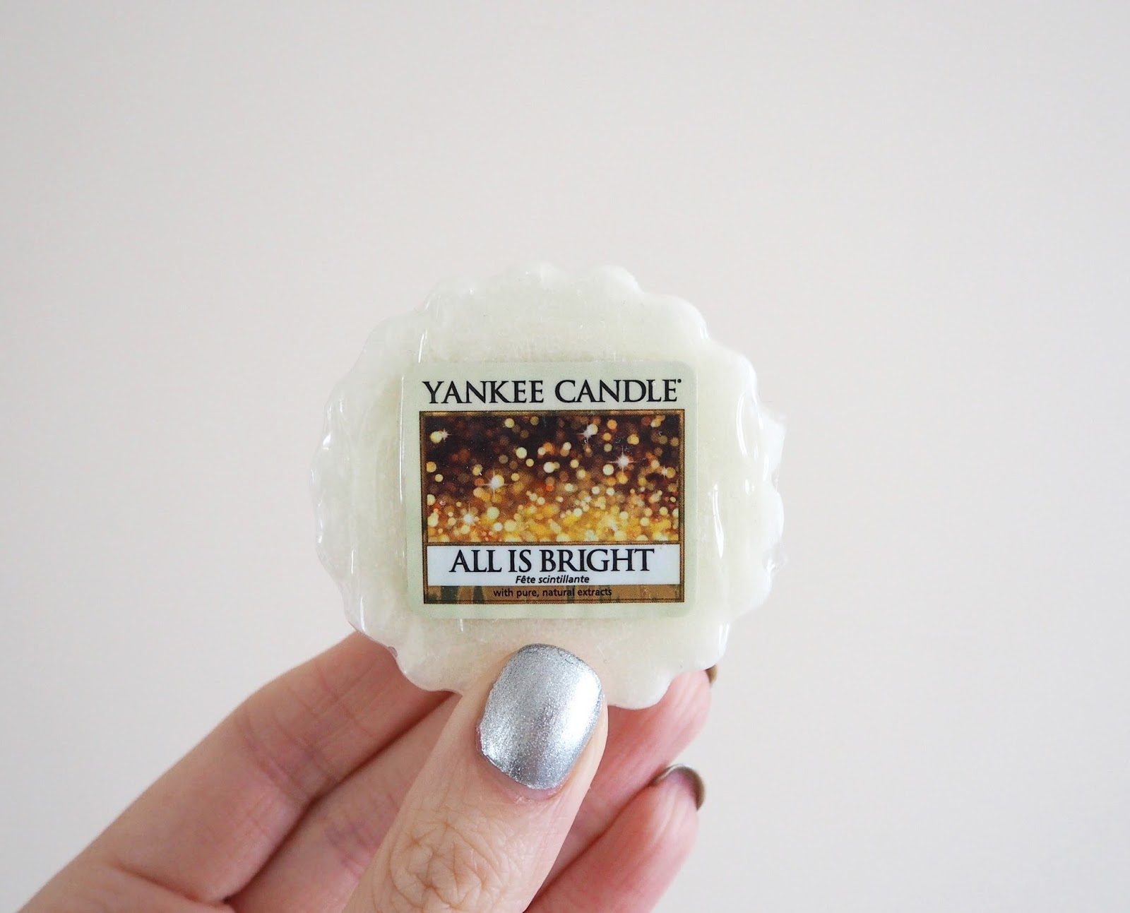 Yankee Candle Holiday Party Collection Review, Fragrance Review, Candle Review, Yankee Candles, UK Blogger, Lifestyle Blogger, Katie Kirk Loves