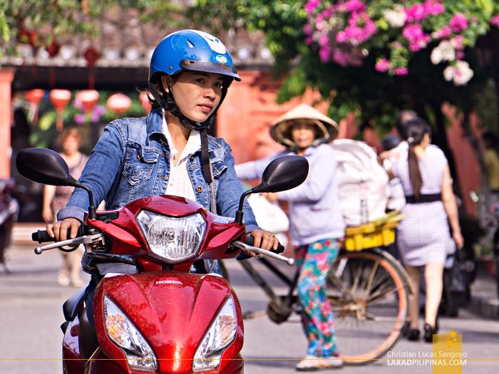 Hoi An Ancient Town Vietnam Locals Motorbike