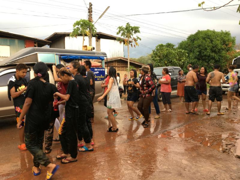 Thaimaa vesijuhla Songkran