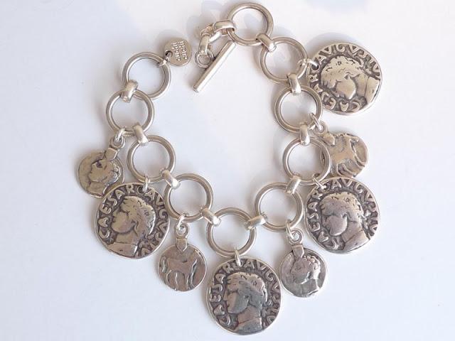 pulseras de plata cuchichuchi monedas Cesar