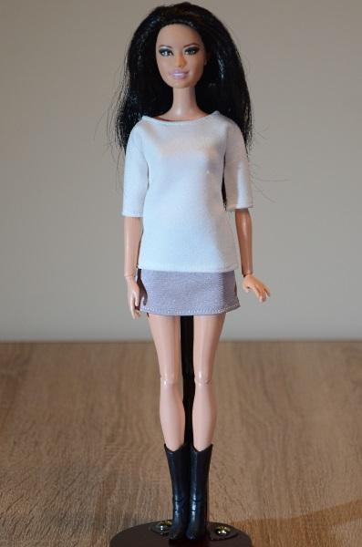 Raquelle in new clothes.