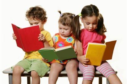 القراءة والطفل : كيف يقرأ ؟ وماذا يقرأ ؟