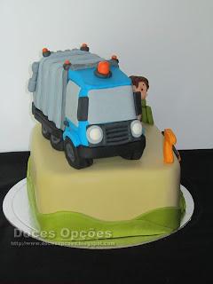 Bolo de aniversário camião do lixo