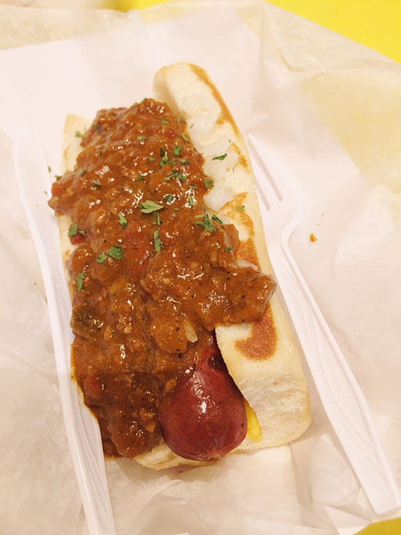 Where to Eat in New Orleans dat dog