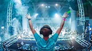 Armin Van Buuren - A State Of Trance 869 @ Radio DJ ONE