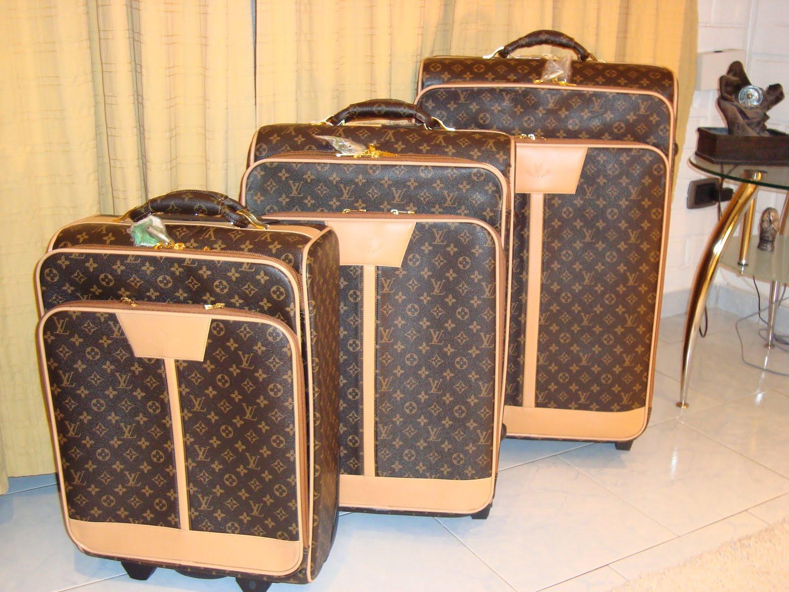 2188ff126 Maletas De Viaje Gucci Replicas | The Art of Mike Mignola