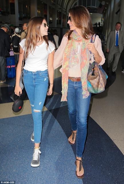 Cindy Crawford & Kaia| Mom & Daughter Twinning | Chichi Mary Blog