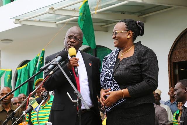 Rais Magufuli: Nilifunga Ndoa Bila Koti la Suti, Mke Wangu Bila Gauni la Bi Harusi nilikunywa Pepsi ye Alikunywa Milinda
