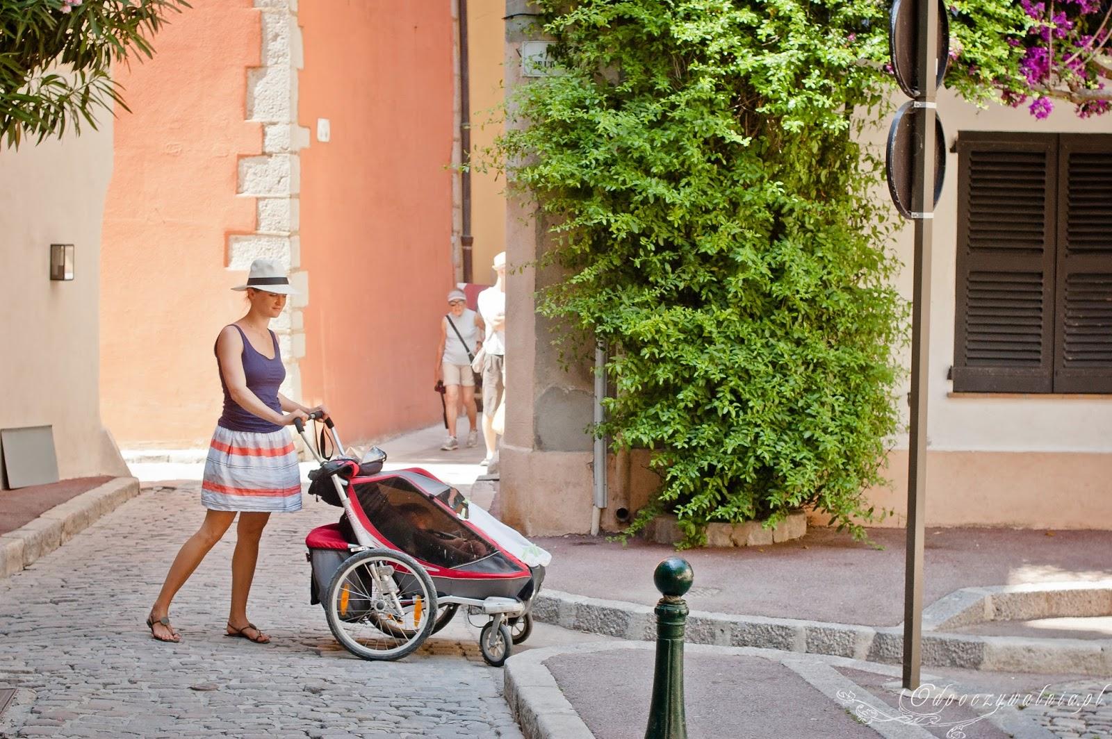 udane wakacje z dzieckiem, czy warto podróżować z dzieckiem