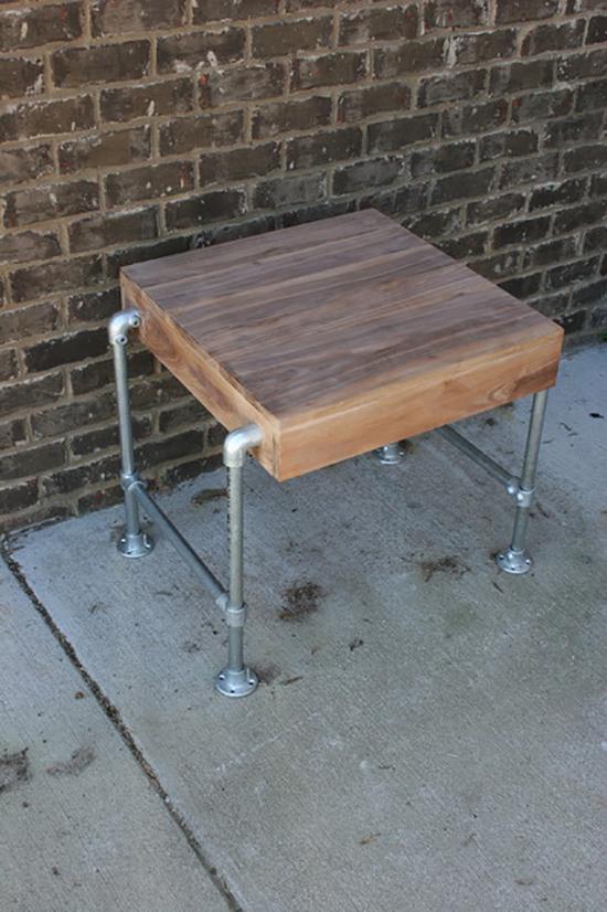 Desain kursi industrial menggunakan pipa besi bekas