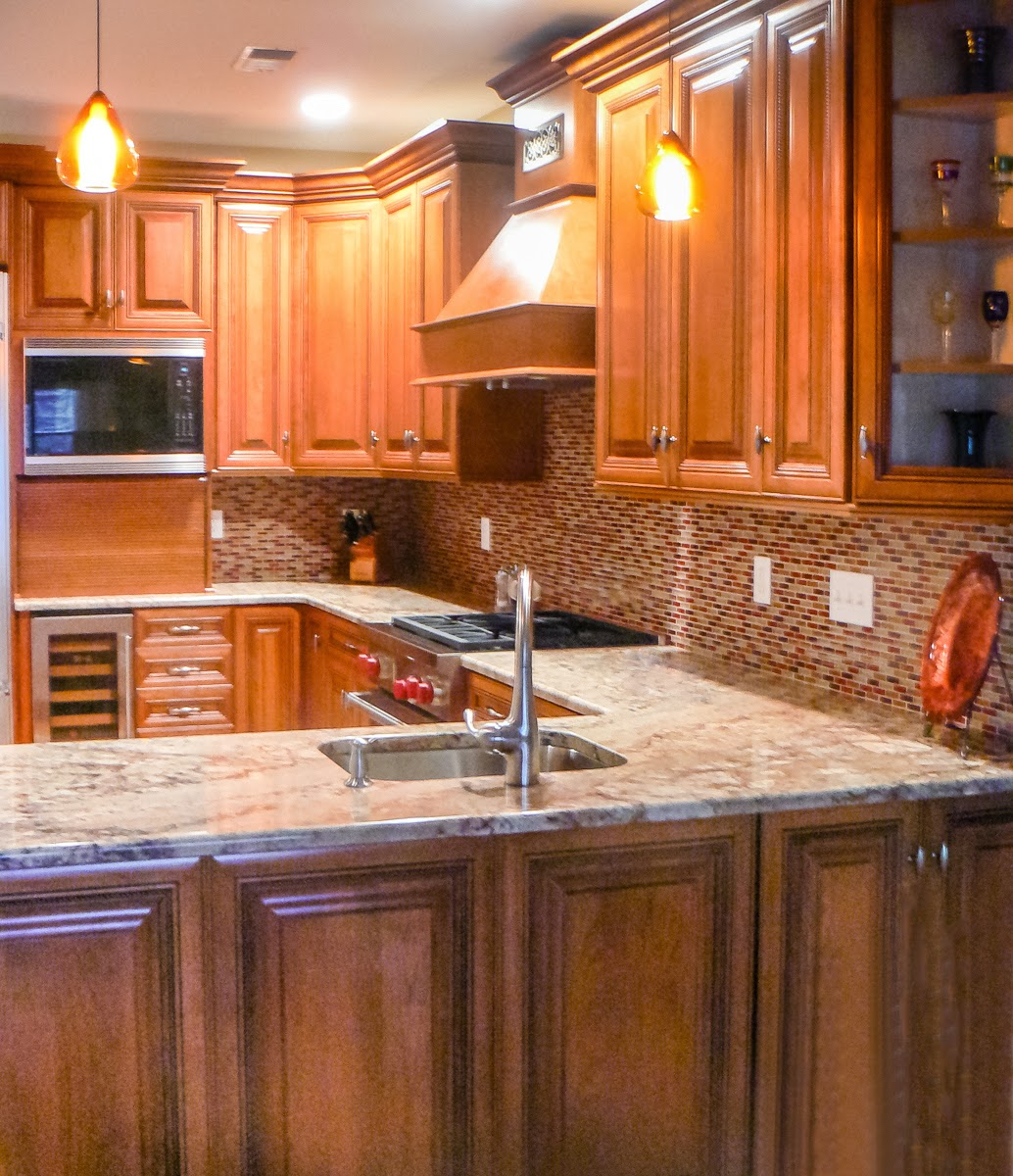 Donate Used Kitchen Cabinets: Robin's Nest: Does Your Kitchen Or Bathroom Need A Botox