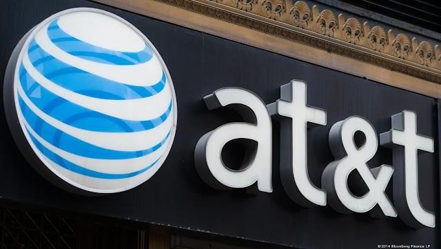 Security researchers found vulnerabilities at AT&T, T-Mobile, and Sprint that would have exposed client knowledge