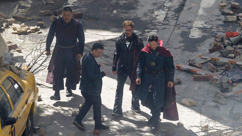 Vingadores: Guerra Infinita | Imagens e vídeo dos bastidores mostra Homem de Ferro, Doutor Estranho e Hulk em ação