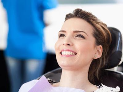 Riesgos y efectos secundarios del blanqueamiento dental
