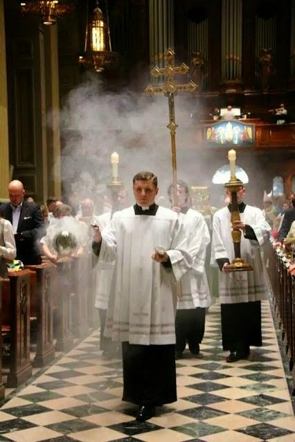 Resultado de imagen para Partes del santo sacrificio de la misa
